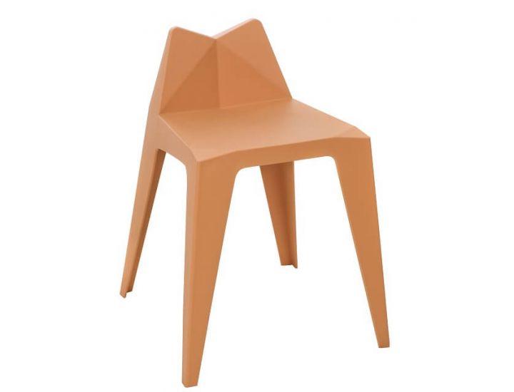 Дизайнерский пластиковый стул M-07 бежевый